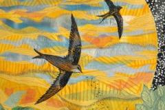 """""""Svaler på jagt"""" Tekstilkunst af Nete Riemann"""